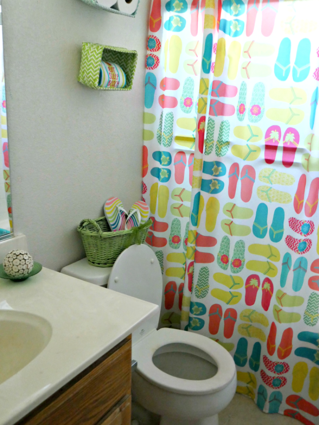 Flip Flop Bathroom