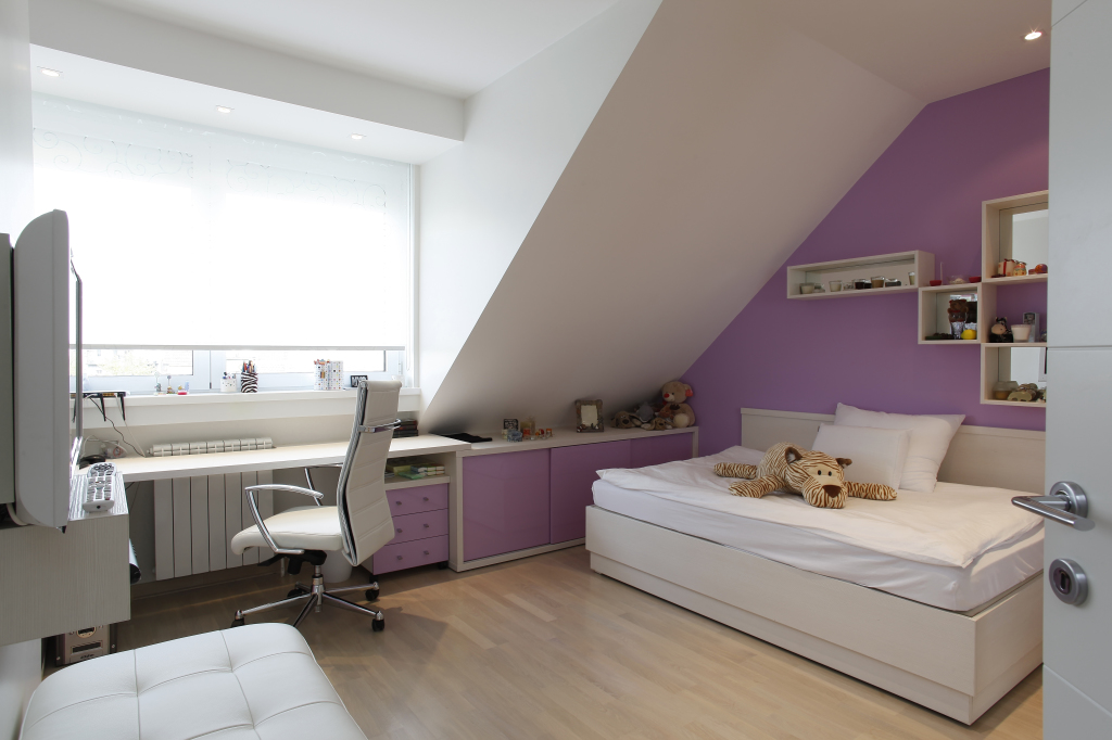 Small Bedroom Decoration Tips