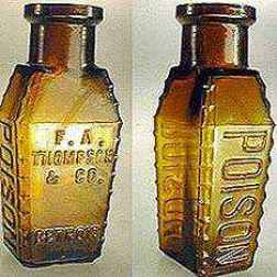 Antique-Poison-Bottle-8