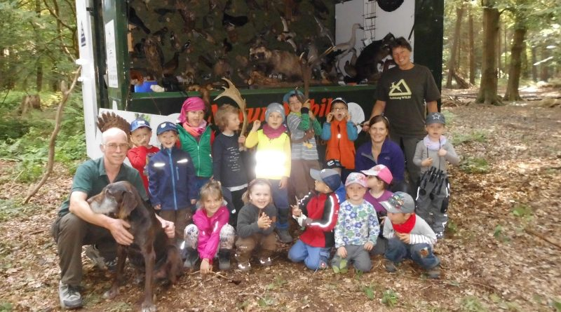 Hegering 6 mit Naturmobil im Kindergarten Nindorf