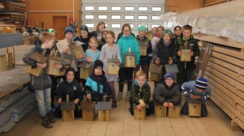 Hegering 3 – Schüler bauen Nisthilfen