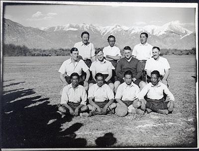 Les Marmottes, l'équipe de foot de la mission britannique de Lhassa, en 1936 © The Tibet Album