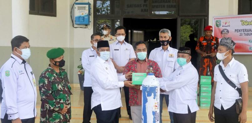 Pemda Siak terima 20 Tabung Oksigen, dan 10 Regulator bantuan dari Kadin Provinsi Riau.