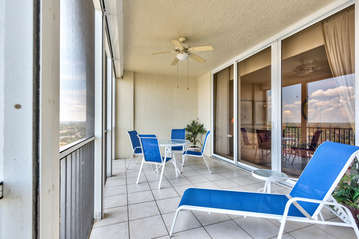 9th Floor Condo Overlooking Connors Bay and the Gulf of Mexico; Fantastic Views; Lounging and Seating!