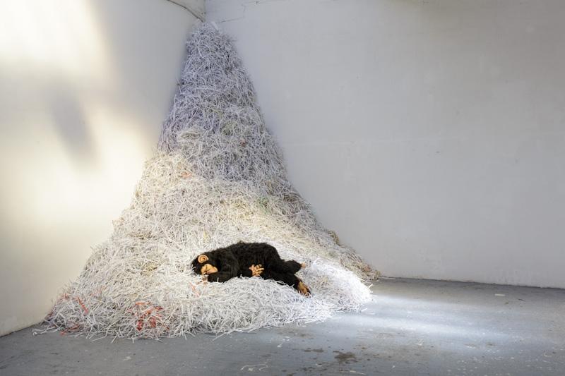 Realpraesenz- Ausstellung Betonbox Düsseldorf