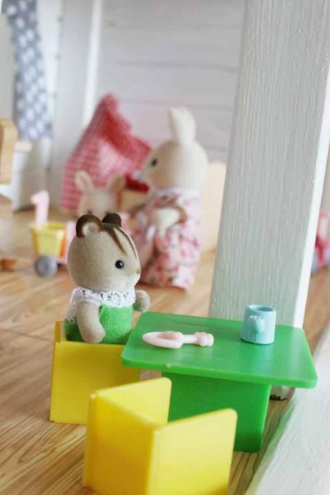 Puppenhaus renovieren