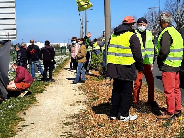 En solidarité avec les Gilets Jaunes de Poitiers SUD