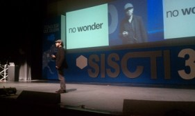 Experiencias del SISCTI 36, evento de tecnología del Tecnológico de Monterrey - siscti-36-aza-raskin