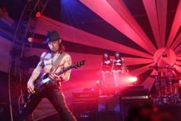 LG, Jane's Addiction y Youtube presentarán el primer concierto generado en 3D - Janes_Addiction_LG_02