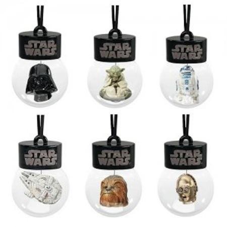Star Wars Holiday Waterball Ornament 300x300 Increíbles adornos geek para esta Navidad