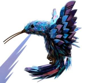 Impresionantes figuras de animales hechas a partir de CDs