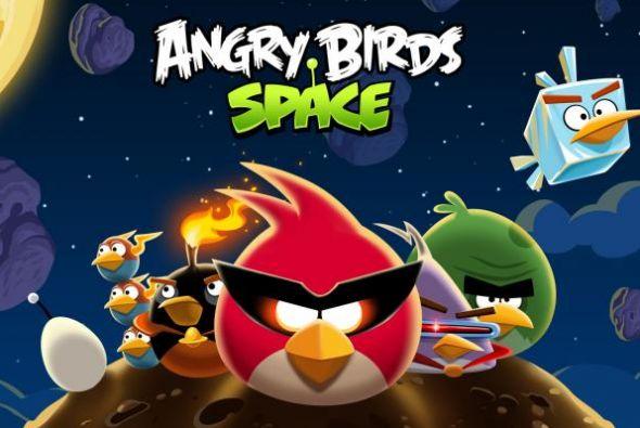 angry birds space 590x395 Angry Birds Space, nuestras aves ahora defienden el espacio [Reseña]