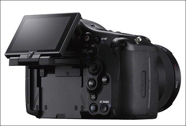 Sony presenta su nueva Alpha A99 que se coloca como su mejor cámara réflex hasta el momento - Sony_A99_3