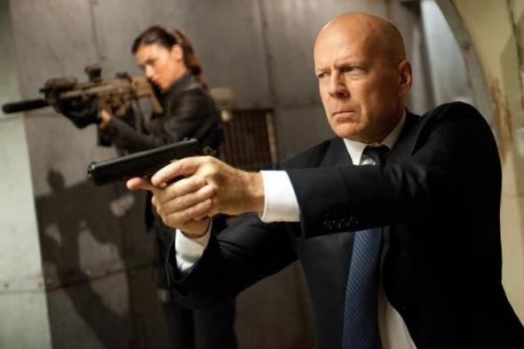 Bruce Willis podría demandar a Apple para que pueda heredar su colección de música a sus hijas - bruce-willis-590x393