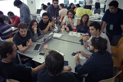 Startup Weekend DF 4, emprendedores realizando empresas en 54 horas