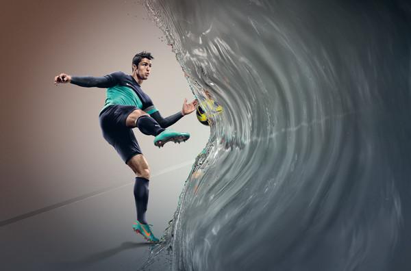 """Nike presenta la tecnología """"All Conditions Control"""" para todos sus zapatos de futbol - Ho12_FB_4silo_ACC_Ronaldo_f1"""