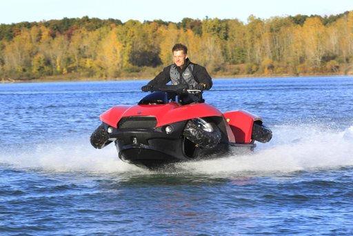 Saldrá a la venta moto Quadski, capaza de andar en mar y tierra - moto-que-va-en-mar-y-tierra