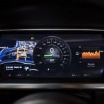 El vehículo eléctrico Tesla S gana el premio Auto del Año que otorga la revista Automobile Mag - Tesla-Model-S-gauges