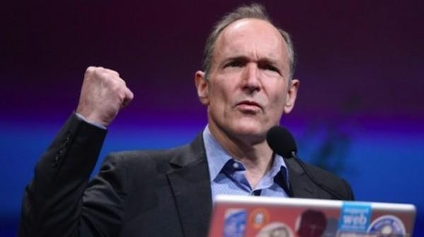Tim Berners-Lee critica la intervención gubernamental en la red - berners-lee-600x336