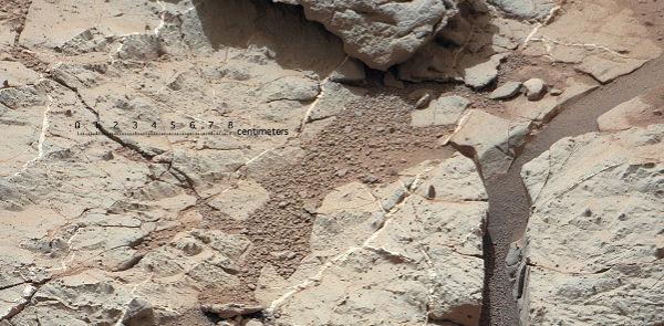 Curiosity comenzará a perforar roca que pudo estar en contacto con agua - curiosity-perforara-roca-en-marte