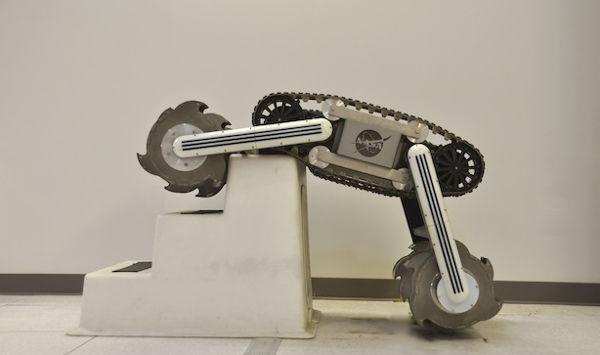 NASA desarrolla prototipo de robot excavador para buscar agua en la luna - robot-excavador-busca-agua-en-luna