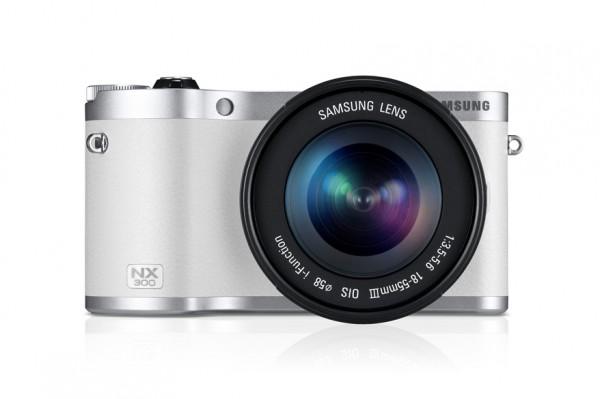 Samsung presenta su nueva cámara NX300 con la tecnología CSC - samsung-nx300-mirrorless-camera-01-600x399