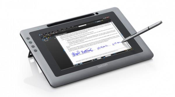 Wacom DTU-1031, excelente solución de firma electrónica sin papel para empresas - DTU1031_firma-digital-600x334