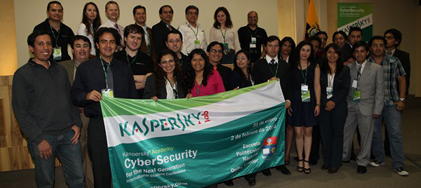 "Mexicana Lilia Elena González gana el premio del ""Cyber-Security for the Next Generation"" otorgado por Kaspersky - Kaspersky_Student_Conference"