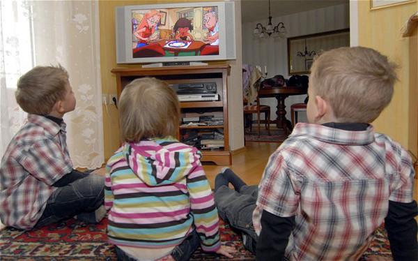 Niños corren alto riesgo de acceder contenido para adultos en YouTube - kids-youtube-contenido-inapropiado