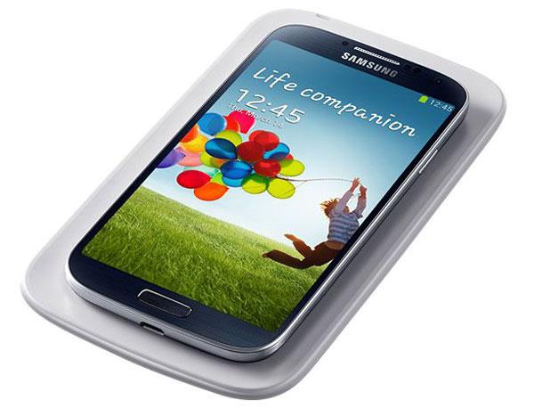 Accesorios oficiales para Samsung Galaxy S IV - Samsung-Galaxy-S4-Samsung-Wireless-Charging-Pad