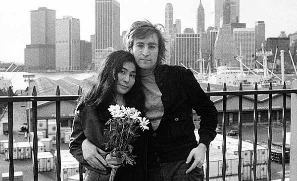 Recuerdan en Twitter a John Lennon - john-lennon-en-twitter