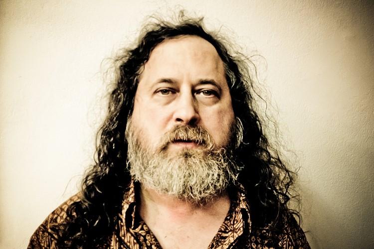 Richard Stallman ahora es parte del Salón de la Fama de Internet - richard-stallman-salon-de-la-fama-de-internet