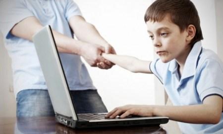 10 Síntomas de que pasas mucho tiempo en Internet
