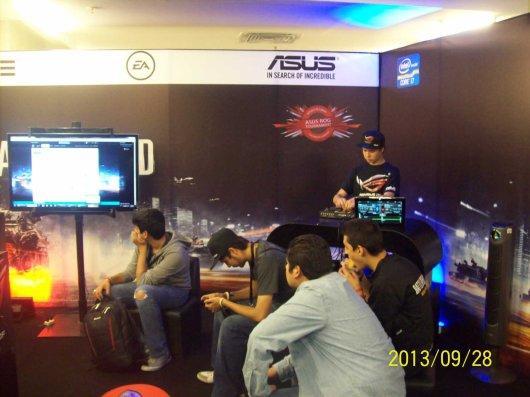 La laptop ASUS G750 demostró su poderío en el torneo Republic of Gamers (ROG) - 100_3356_1