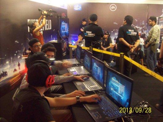 La laptop ASUS G750 demostró su poderío en el torneo Republic of Gamers (ROG) - 100_3384_1