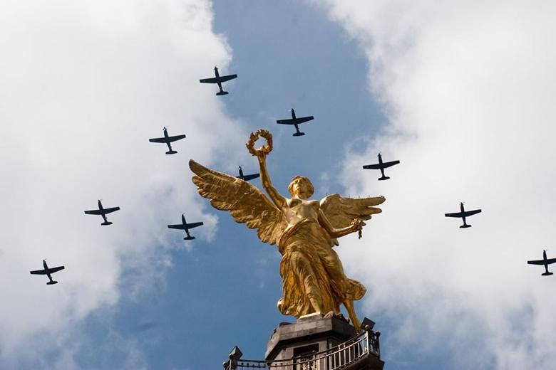 El grito de independencia y el desfile militar podrán ser vistos en vivo por internet - desfile-independencia-mexico-en-vivo