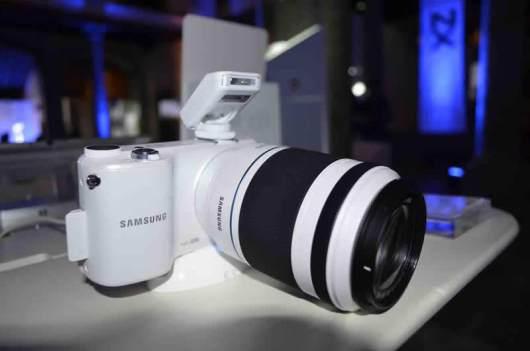 Samsung lanza sus nuevas Smart Cameras NX300 y NX2000 - nuevas-smart-camera-NX-300-NX-200014