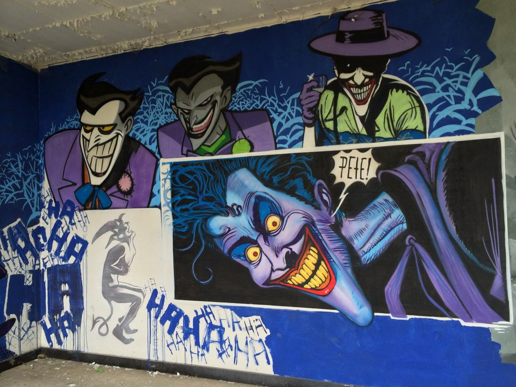 Fabulosos graffitis de Batman encontrados en hospital abandonado - 22