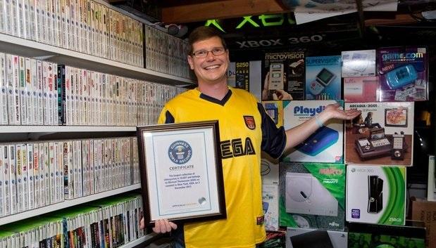 El hombre con el Récord Guinness por la más grande colección de videojuegos - 28