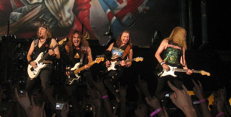 Iron Maiden elige dar conciertos en los países que más descargan su música - Iron-Maiden-Live