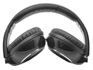 Accesorios para celulares y tablets que puedes regalar esta navidad - audifonos-bluetooth-deluxe