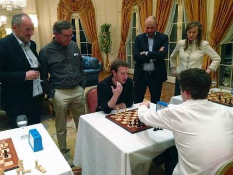 Bill Gates juega una partida de ajedrez contra el campeón mundial y pierde en 79 segundos - mark