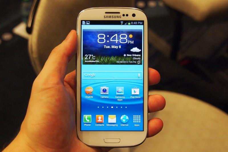 Galaxy S3 el smartphone más vendido por Internet en 2013 - samsung-galaxy-s3-800x533