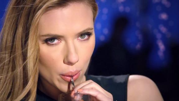 Ve el comercial de Scarlett Johansson que fue prohibido para el Super Bowl - scarlett-johansson-sodastream