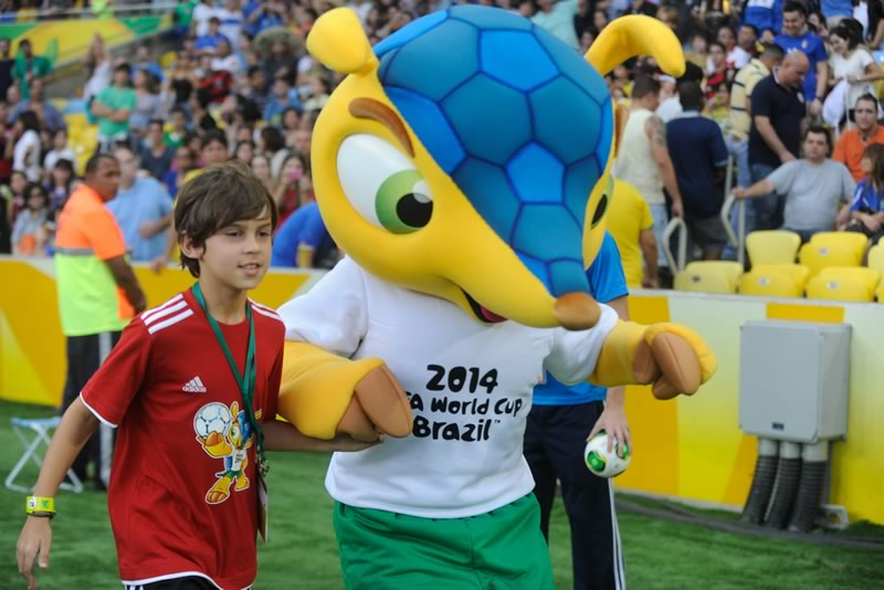 Curiosidades del mundial Brasil 2014 que te gustará conocer - Fuleco-Mascota-Mundial-Brasil-2014