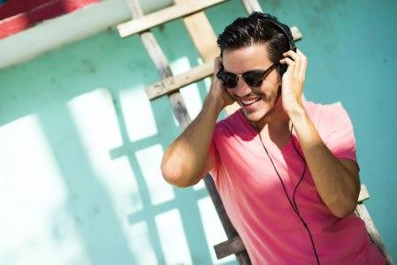 Las canciones más felices para el verano en Spotify