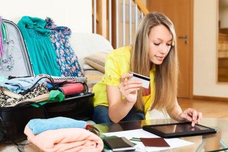 Cómo evitar estafas al buscar tus vacaciones online