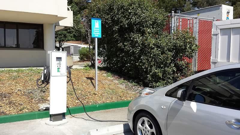 EU y Canadá usan estaciones de carga para autos eléctricos diseñadas en México - Estaciones-de-Carga-Autos-Electricos