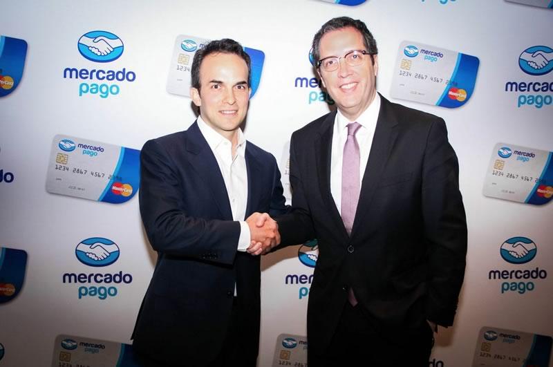 Lanzan tarjeta recargable para comprar en línea - Lanzamiento-Tarjeta-MercadoPago