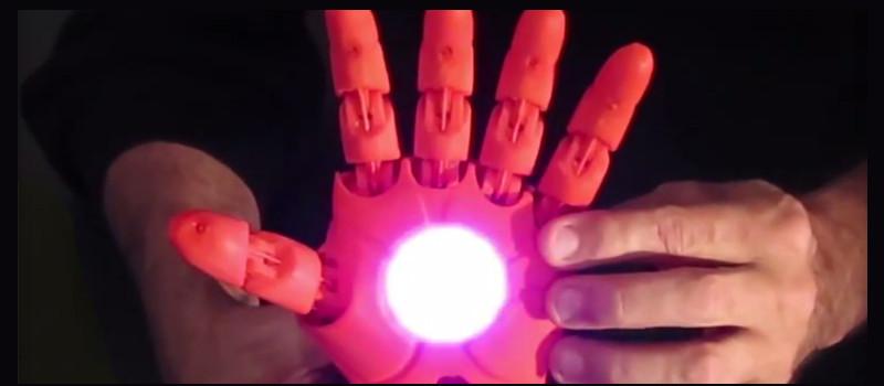 Crean prótesis de mano de Iron Man con impresora 3D - protesis-de-mano-iron-man